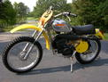 1975 Husqvarna WR125-175 Alum tank yellow after Aug 06 004