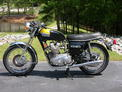 1974 Triumph Trident NC black gold restored 508 002